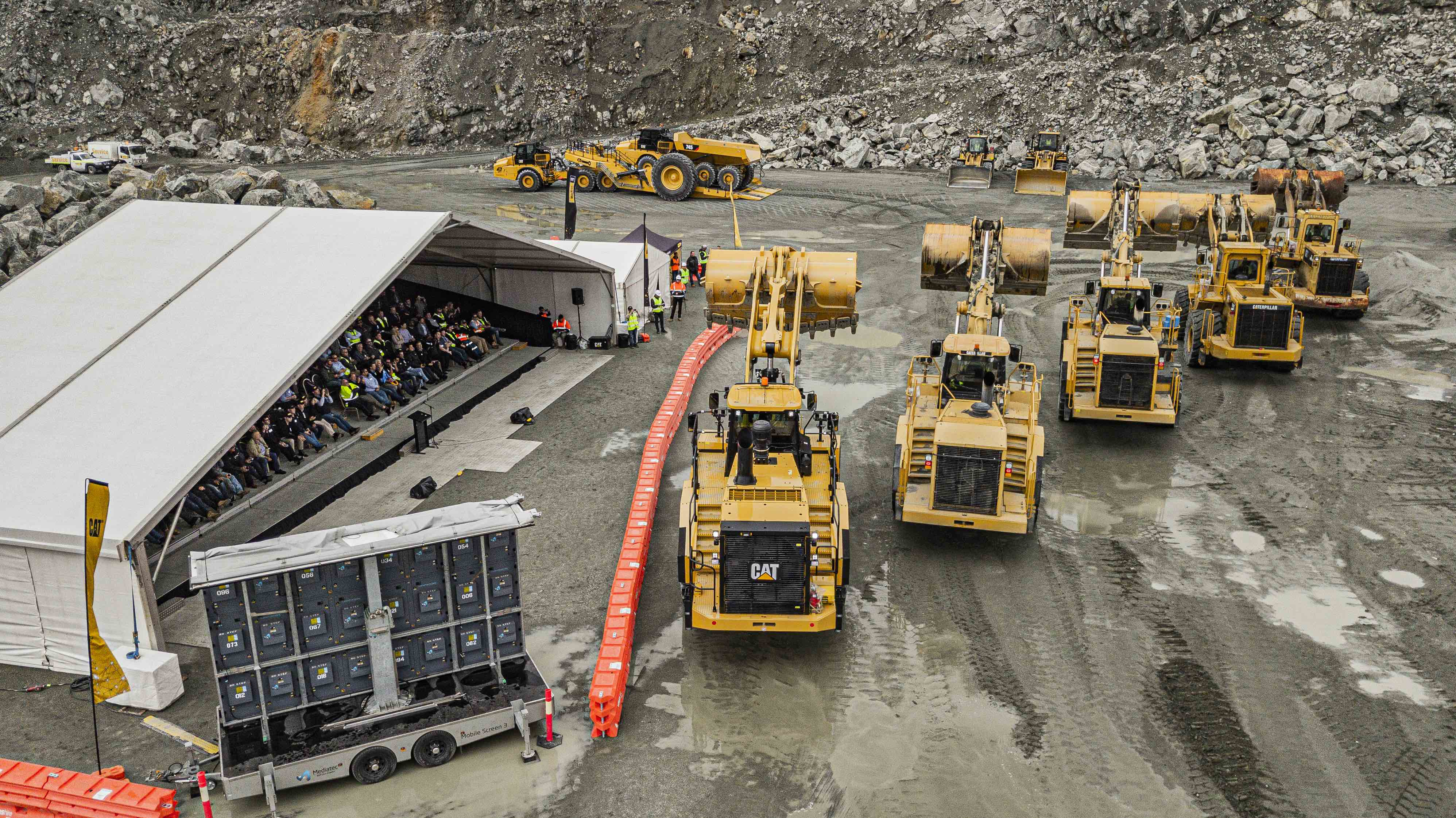 Family businesses keep faith with earthmoving equipment – Quarry